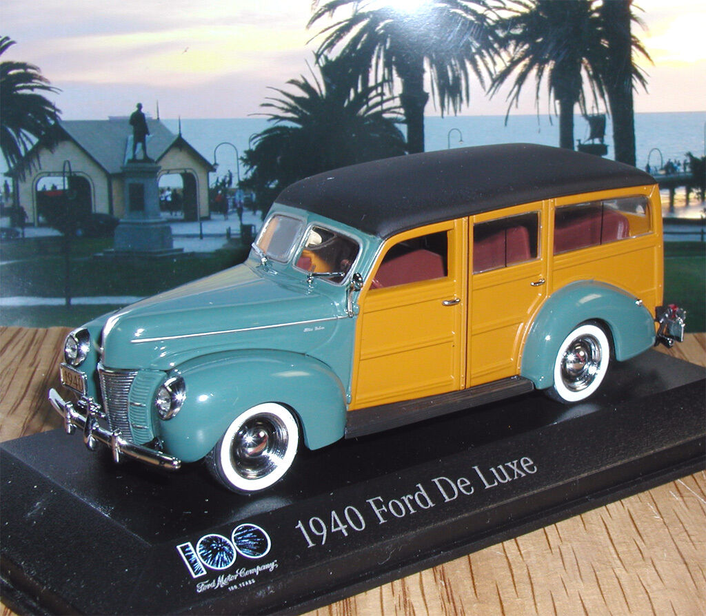 1 43 1940 FORD DE LUXE WOODY MINICHAMPS - 100 YEARS FORD SERIES