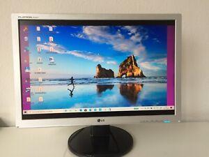 LG Flatron W2242T-SF 22 Zoll (56 cm) 16:10 LCD Monitor - Silber