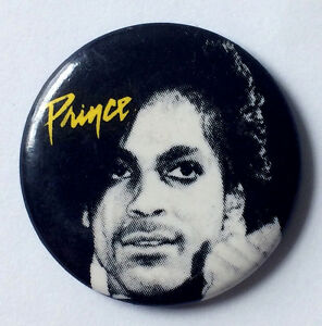 RARE-Vintage-1984-Prince-pinback-button-pin-Purple-Rain-Revolution-1-25-034-badge