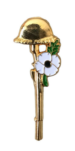 Never Forget Military Lone Veteran Remembrance Day White Poppy Pin Badge Brooch