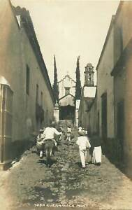 Cuernavaca-mexican-types-street-donkey-real-photo-postcard-Mexico