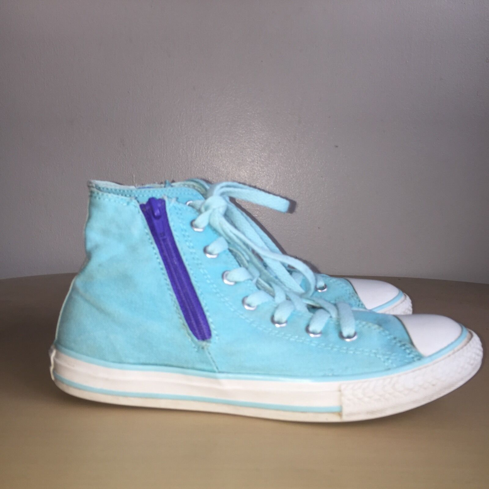 Converse Hi-Tops taille 4 bleu ciel All Stars