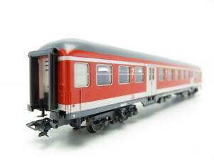 MARKLIN-42551-HO-3-RAIL-DB-CITY-BAHN-LIVERY-SUBURBAN-PASSENGER-COACH-Ep-V