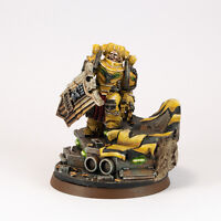 FORGE WORLD ALEXIS POLUX 405TH CAPTAIN OF THE IMPERIAL FISTS PAINTED