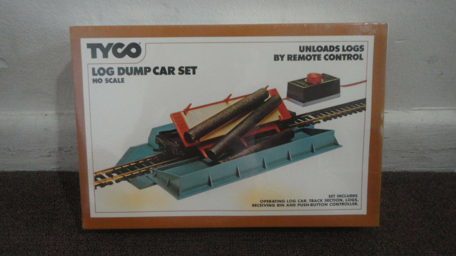 TYCO LOG DUMP CAR SET REMOTE CONTROL NEW, SEALED. 1975. HO SCALE. LOOK