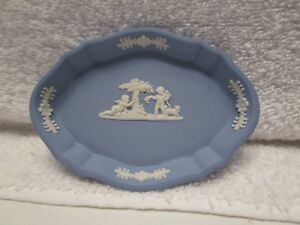 Wedgewood-Light-Blue-and-White-Small-Trinket-Dish