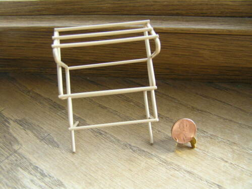 "Miniature Dollhouse Clothes Drying Rack    3 1//4/"" High"