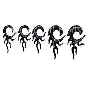 1 X Schwarz Büffelhorn Flammen Haken Ohr Spirale Größenauswahl 4g-1.3cm 5-12mm Clear-Cut-Textur
