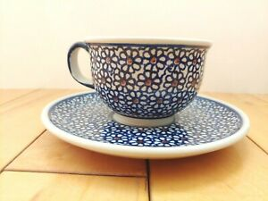 Vtg-Polish-Pottery-Boleslawiec-Hand-Painted-Poland-Blue-Floral-Teacup-and-Saucer