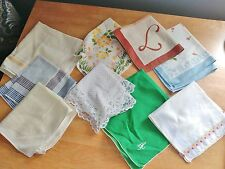 Vtg LOT (9) HANKIES HANDKERCHIEFS Embroidered, Floral, Monogrammed, Lace, Etc.