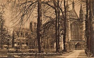 WINCHESTER-CATHEDRAL-HAMPSHIRE-ENGLAND-LOT-OF-5-FRITH-039-S-SERIES-PHOTO-POSTCARDS