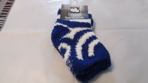 NWT worlds softest socks warm cozy pair of socks royal blue /& white