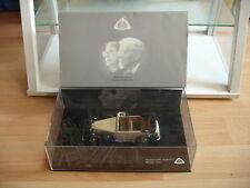 Minichamps Maybach DS8 Zeppelin in Black/Cream White on 1:43 in Box