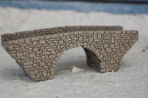 Spur-N-steinerne-Bogenbruecke-Lasergravierte-professionell-lackiert