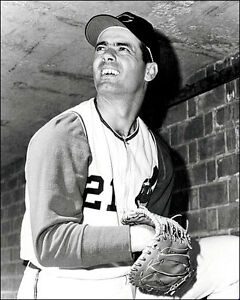 Rocky-Colavito-2-Photo-8X10-1965-Cleveland-Indians-Buy-Any-2-Get-1-Free