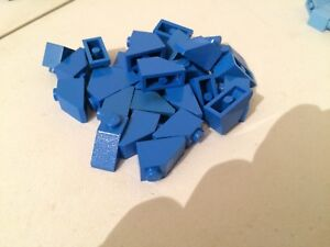 5 x LEGO Dark BLUE Bricks 2x2 Slope Roof Pieces Parts FAST FREE UK POSTAGE