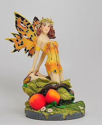 LINDA RAVENSCROFT A SALON GOLD FAIRY FIGURINE STATUE.LOVELY.BEAUTIFUL DETAILS