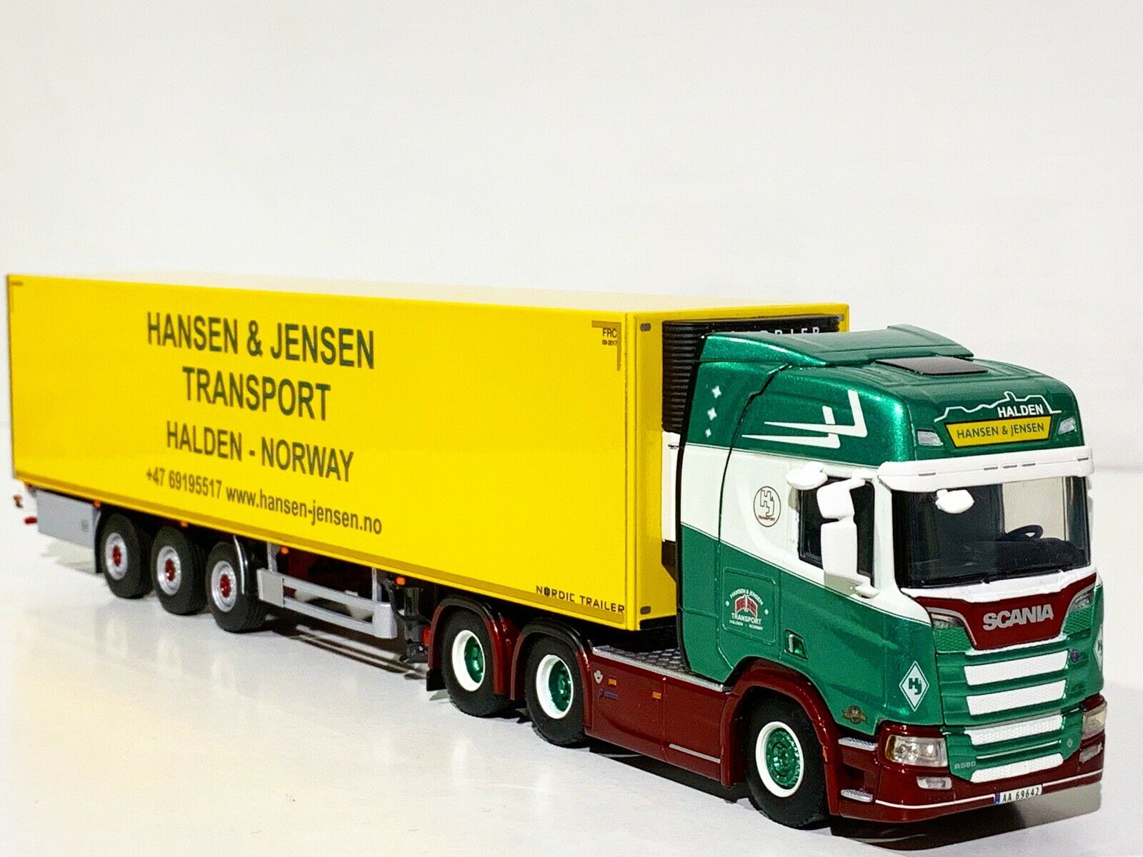 WSI TRUCK MODELS,SCANIA R HIGHLINE CR20H 6x2 REEFER TRAILER  HANSEN&JENSEN