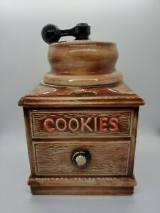 Vintage-McCoy-Coffee-Grinder-Cookie-Jar-Brown-Red-Black-Crank-Sifter-Signed