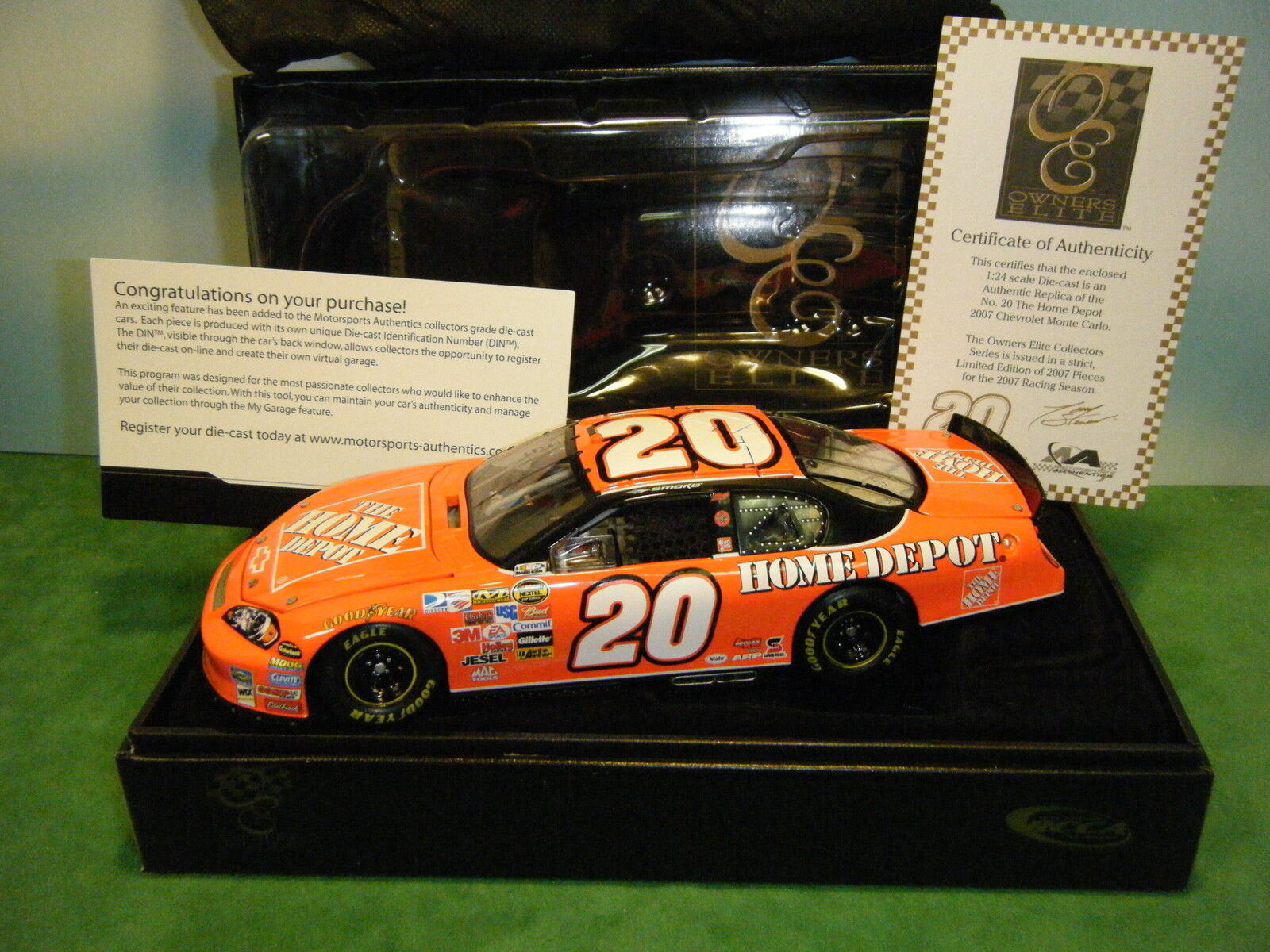 OWNERS ELITE TONY STEWART  20 HOME DEPOT '07 MONTE CARLO SS LE  31 of 2,007