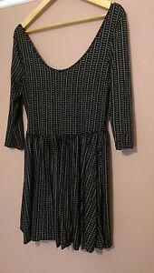 BLACK-GREY-Geometrical-Print-3-4-Sleeve-Stretch-Mini-Skater-Dress-M-L-12-14