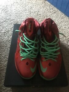 Nike Lebron X (10) Christmas Red Green Sz. 11  541100-600  02461f85d55a