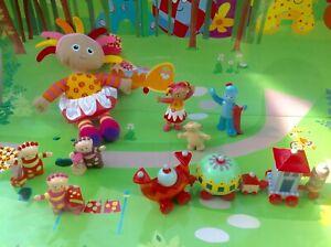 In-The-Night-Garden-Talking-Upsy-Daisy-Ninky-Nonk-Train-amp-Figures-Playset