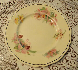 VINTAGE-ROYAL-DOULTON-1930s-ORCHID-D-5215-26-5CM-DINNER-PLATE-GC-I-WILL-POST
