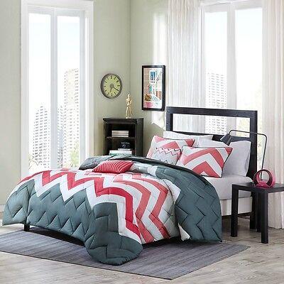 New Grey Coral Chevron Geometric Down Alt Comforter Set Twin Full Queen Bedding
