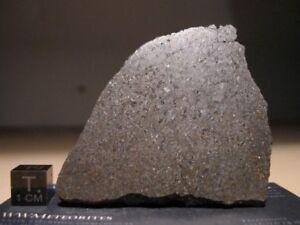 Meteorite-NWA-5884-Ureilite-soft-to-cut-low-diamond-highly-graphitic