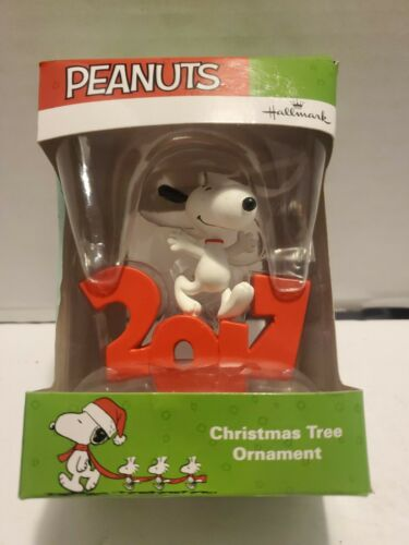 Hallmark Peanuts Snoopy Standing Dancing 2017 Christmas Ornament NIB Collectible
