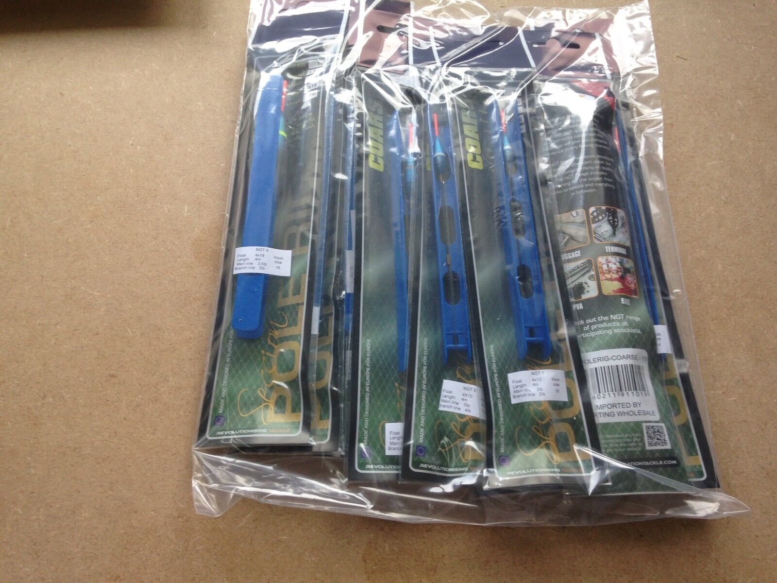NEW 20 x POLE FLOAT RIGS Assorted Carp Fishing  Ready Tied.Barbless Hook