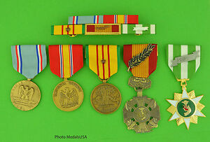 U-S-AIR-FORCE-VIETNAM-5-MEDALS-MOUNTED-5-RIBBON-BAR-USAF