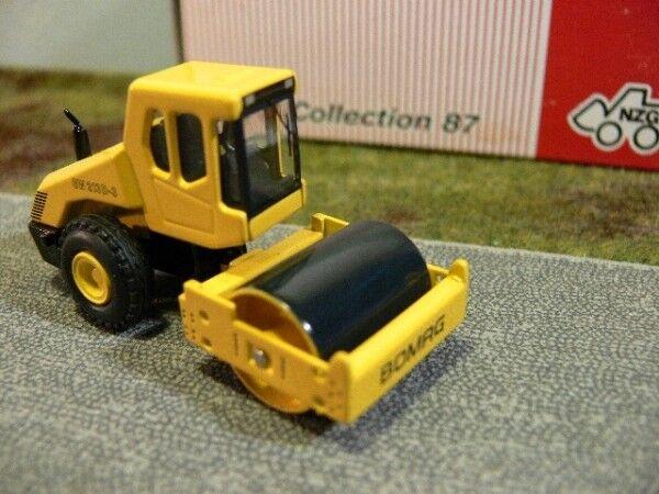 1 87 NZG Bomag BW213 D 3 Straßenwalze yellow 475