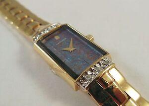 Lassale-by-Seiko-Gold-Tone-Metal-2E20-2400-w-Diamonds-Sample-Watch-NON-WORKING