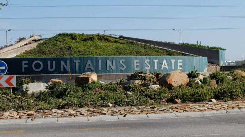 Jeffreys Bay Business Stands for Sale in Fast Growing Fountains Estate
