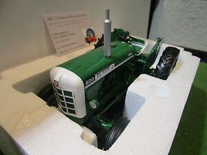 Tracteur Agricole Oliver 600 Vert Au 1/16 De Universal Hobbies Uh4008 Miniature