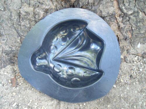 "Ladybug mold plaster concrete casting garden mould  7.5/"" x 7/"" x 1.5/"" thick"