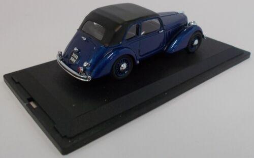 CLASSC1018 Voiture berline AMILCAR Coumpound de 1938 de couleur bleue modèle e