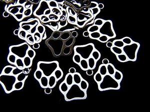 20-Pcs-Tibetan-Silver-034-Dog-034-Paw-Print-Charms-Jewellery-Craft-Pet-W10