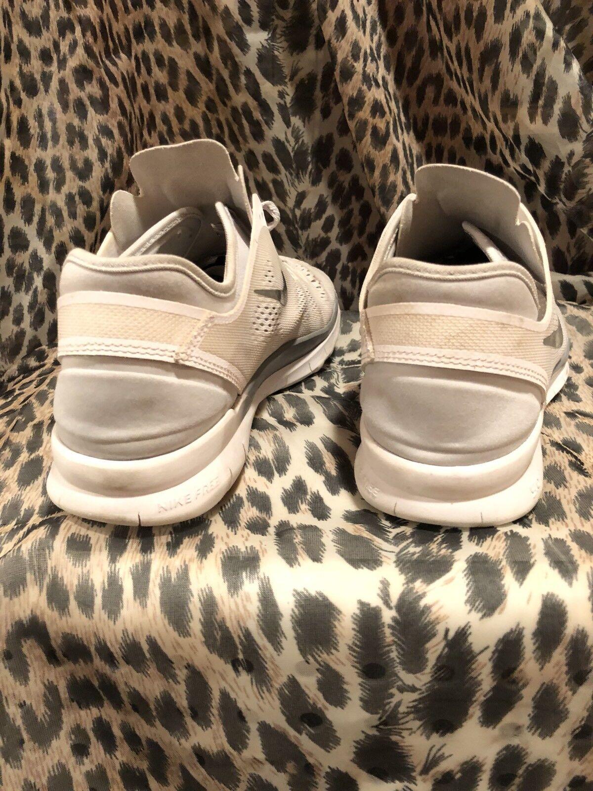 on sale 8bc11 d44d2 ... Womens 8.5 Nike Free Free Free Run 5.0 TR 5 Pure Platinum   White  704674- ...