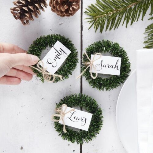 WREATH Green Name Cards 4 Pack Holders Rustic Christmas Table Place Settings