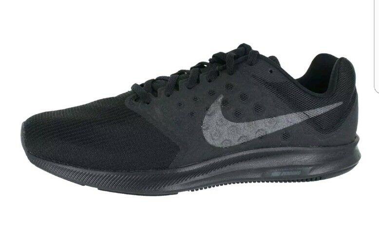 Nike Downshifter 7 852459-001 Black Hematite Anthracite Mens US size 10.5 Wild casual shoes