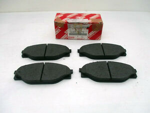 Toyota-Hilux-Front-Brake-Pads-Genuine-1997-2001-Pad-821
