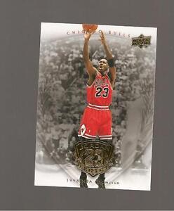 MICHAEL JORDAN UPPERDECK LEGACY GOLD 2009 CARD #82 Verzamelingen