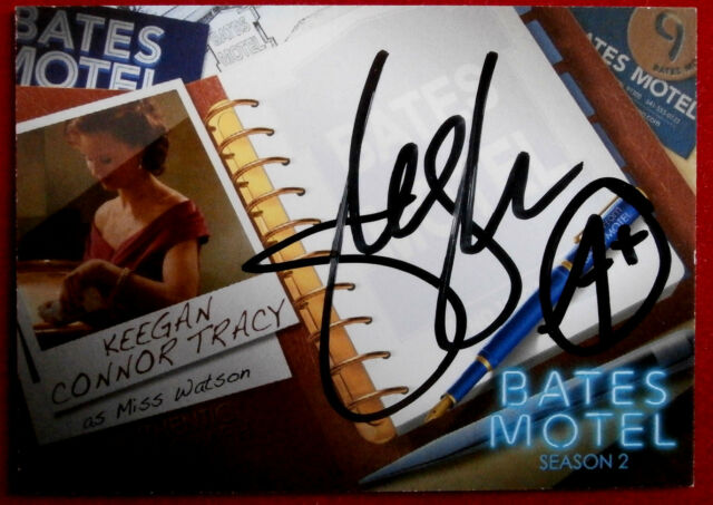 BATES MOTEL - KEEGAN CONNOR TRACY, Miss Watson - Autograph Card - AKC2 VARIANT B