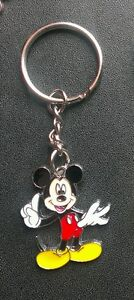 DISNEY-MICKEY-MOUSE-POSE-NO-1-KEYCHAIN-KEYRING-CHARM