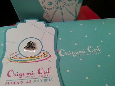 Origami Owl Jewelry | Medium Gold Hinged Living Locket Chain ... | 300x400