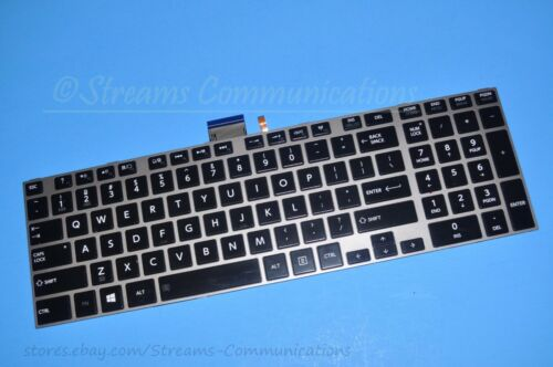 "TOSHIBA Satellite P875 Series 17.3/"" Laptop BackLit KEYBOARD V000282220"