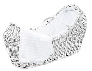 White Pod Moses Basket With Honeycomb Dressing